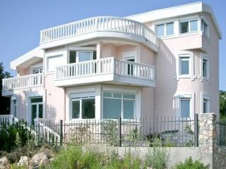 Montenegro Holiday property for rent in Bar Municipality, Utjeha