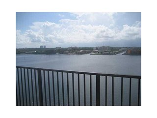 USA Property for rent in Florida, Sunny Isles Beach FL